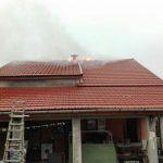 Casă cuprinsă de flăcări în Coștei. Cum acționează ISU Banat