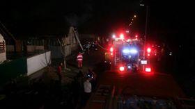Incendiu la Cernăteaz. A luat foc acoperișul unei case!