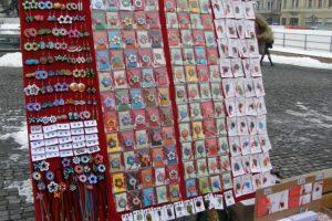 Se depun cererile pentru comercializarea mărţişoarelor