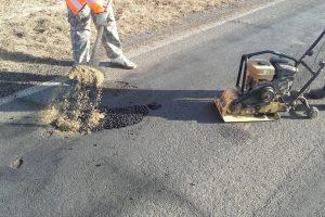 Reparații ale străzilor, aleilor și trotuarelor. Care sunt zonele unde se lucrează