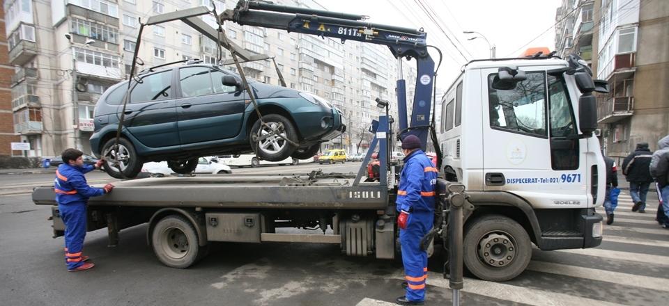S-a dat startul la ridicarea mașinilor parcate ilegal. Unde nu ai voie să parchezi