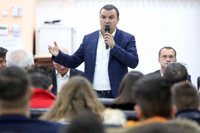 """Șeful PSD Timiş: """"Îi solicit lui Nicolae Robu să le ceară celor care au primit terenurile să renunţe la ele de urgenţă"""""""