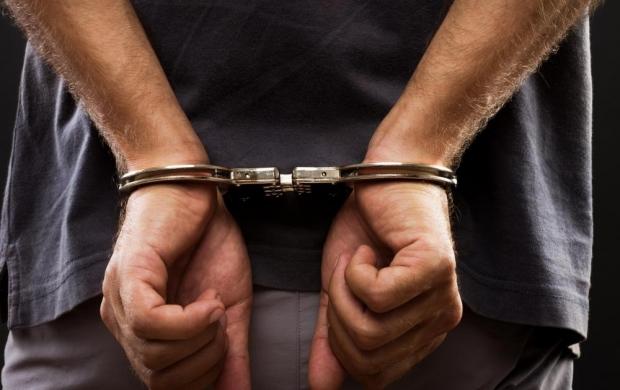 Bărbat prins în Timiş, la sute de kilometri de casă, după ce a încercat să omoare pe cineva