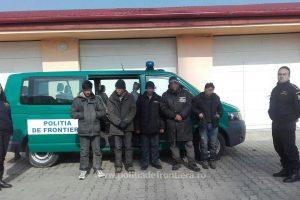 44 de migranţi opriţi la frontiera cu Serbia