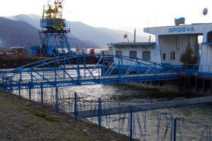 Nava de croazieră Danubius şi pontonul din portul Orşova vor fi scoase la licitaţie