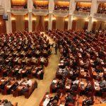 Proiect privind conflictul de interese: Parlamentarii îşi pot angaja la cabinet persoanele cu care au lucrat în ultimii cinci ani