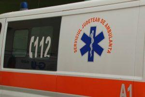 Tânăr de 25 de ani din Arad, mort după ce şi-a tăiat gâtul cu flexul