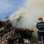 Mai multe căpițe de fân au luat foc în comuna Bulgăruș