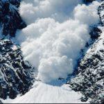 Pericol de avalanșe în vestul țării