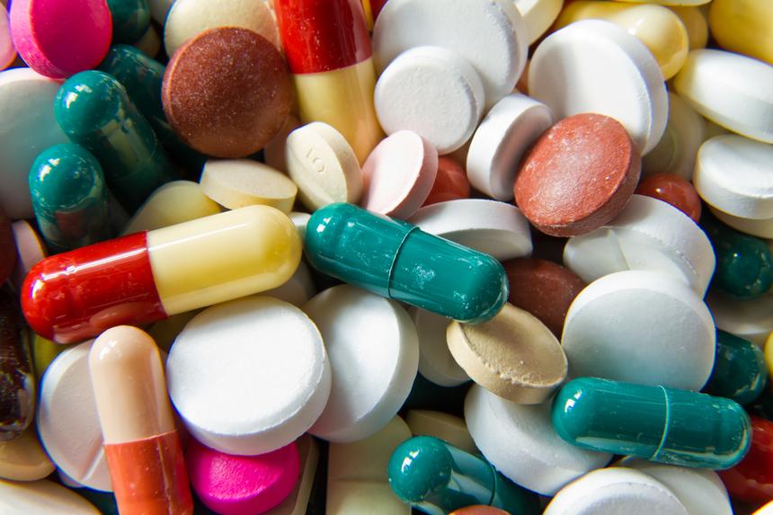 Cele mai periculoase combinaţii de medicamente