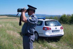 Un kosovar şi un turc, depistaţi de poliţiştii de frontieră timişeni la graniţa cu Serbia