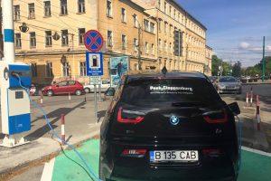 Stație de încărcare pentru automobile electrice, pe domeniul public, la Timișoara