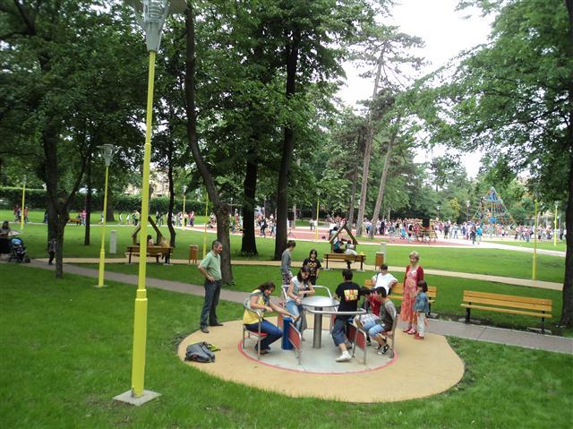 Concerte, ateliere, teatru de păpuși. De 1 Iunie, Primăria Timișoara le-a pregătit celor mici un program bogat