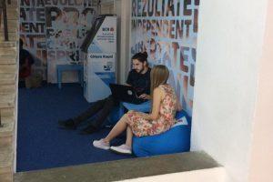 Studenții și profesorii de la Universitatea de Vest din Timișoara beneficiază de un spațiu financiar dedicat