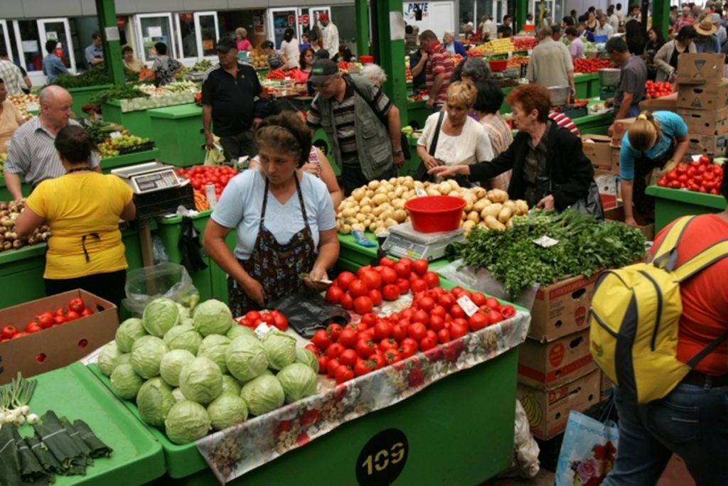 În pieţele agroalimentare din Timișoara se va putea plăti cu cardul