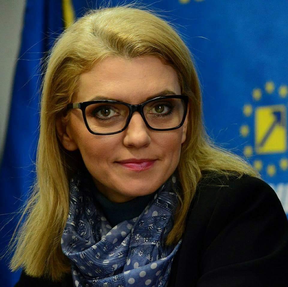 """Alina Gorghiu: """"PSD trebuie să renunțe imediat la propunerea de mărire a accizei la carburant"""""""
