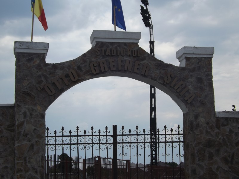 """UTA suplimentează locurile stadionului din Șiria cu tribune mobile. Cum transmit meciul """"în regim intern"""""""