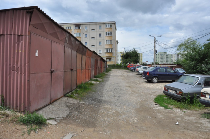 "Nicolae Robu: ""Pe strada Orion toate garajele au fost demolate"""