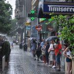 Comportarea în caz de furtuni, ploi torenţiale şi descărcări electrice atmosferice