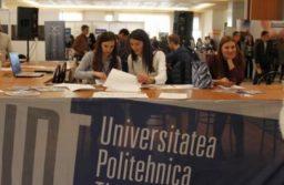 Zeci de studenţi şi trei tineri cercetători, recompensați cu premii