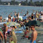 Voucherele de vacanţă pot fi acordate de angajatorii din sectorul public şi privat