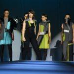 Viitorii designeri vestimentari îşi prezintă creaţiile