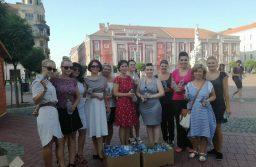 Apă pentru trecători din partea Organizației de Femei ALDE Timiș