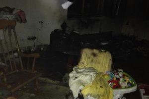 Incendiu la Utvin. Copil de un an și jumătate intoxicat cu fum