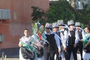 Locuitorii din Biled au  îmbrăcat straie de sărbătoare