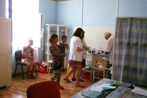 Aproape o mie de copii din Timiș vaccinați împotriva rujeolei