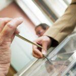Astăzi au loc alegeri locale parțiale în Deva și în alte 16 localități. Una e din Timiş