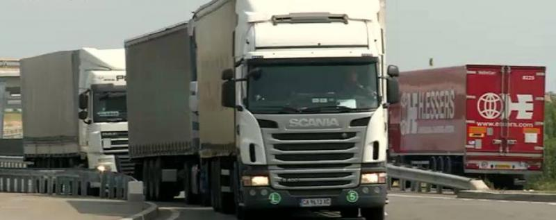 Şi transportatorii se alătură protestului de 15 minute din 15 martie pentru autostrăzi