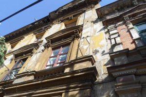 12 proprietari de imobile din zona istorică, amendaţi din nou de Poliţia Locală