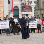 O mână de oameni a răspuns protestului de la Timișoara împotriva vaccinării obligatorii a copiilor