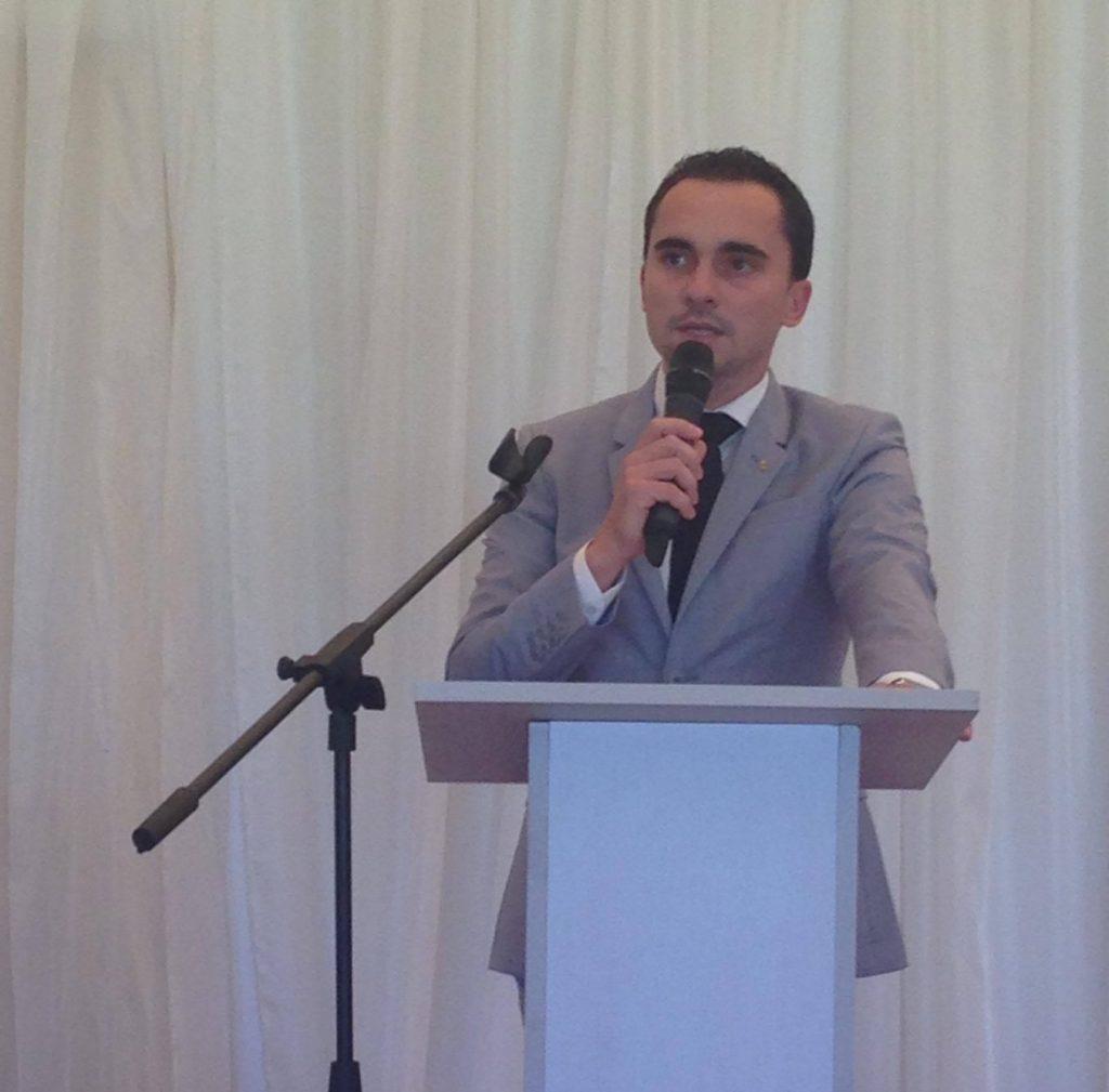 """TNL condamnă negocierile """"ca la piaţă"""" de pe scena politică"""
