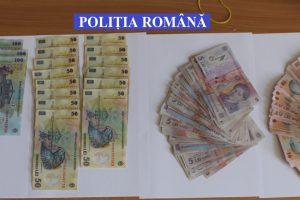 """Doi puştani i-au furat unei bătrâne banii de """"zile negre"""" din casă"""
