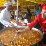 Anunţ pentru pofticioşi. Festivalul Papricaşului şi Vinului are loc în weekend la Buziaş