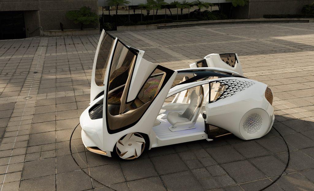 Românii, cei mai optimişti europeni în privinţa viitorului maşinilor electrice