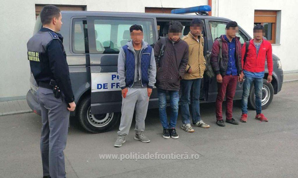Cinci cetățeni din Afganistan și Pakistan opriţi la frontiera cu Ungaria