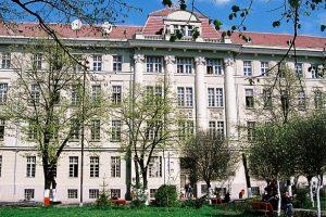Concurs de rezidenţiat la Timişoara şi în alte 5 centre universitare din ţară