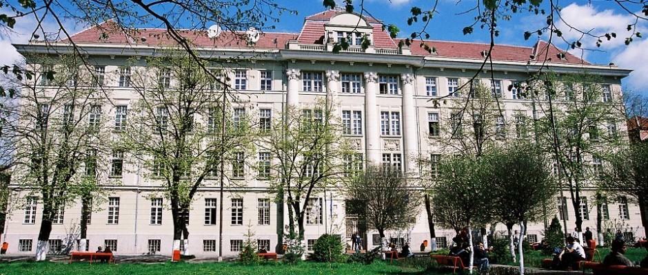 """UMF ,,Victor Babeș"""" din Timișoara participă la RIUF, cel mai mare târg internațional de universități"""