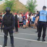 Jandarmii asigură ordinea la meciul de fotbal Poli Timişoara – F.C. Voluntari