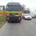 Zeci de amenzi pentru şoferii camioanelor care au circulat în zona bd. Republicii și str. Jiul