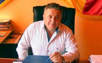 """Primarul din Sânnicolau Mare, """"curtat"""" de PSD Timiș"""