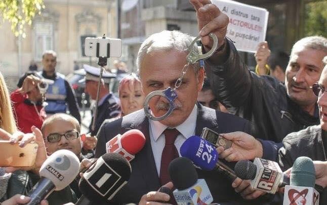 Deputatul Pavel Popescu: Domnule Dragnea, nu murdăriți imaginea Parlamentului și a României. Demisionați!