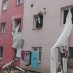 Explozie într-un bloc de nefamiliști din Lugoj. O persoană a fost rănită