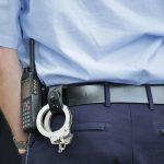 Un tânăr a ajuns în arest preventiv după ce a furat dintr-un magazin