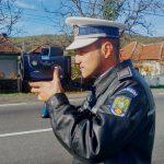 Peste 500 de şoferi au fost amendaţi în weekend de Poliţia Rutieră