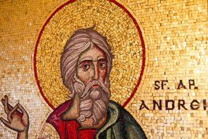 Sfântul Andrei, noaptea strigoilor şi a farmecelor de dragoste. Toate obiectele tăioase trebuie legate cu sfoară