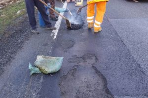Reparații a străzilor, aleilor și trotuarelor. Care sunt zonele unde se lucrează